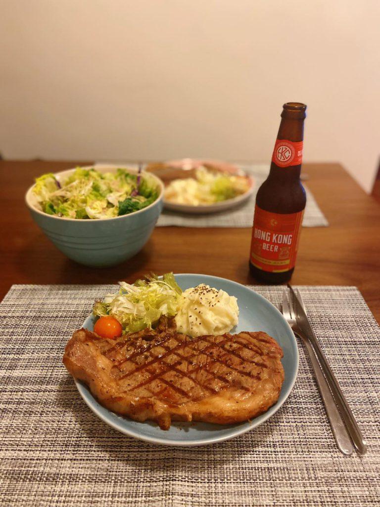 Le Creuset Skillet Grill Pan煎牛扒 Pan-Fried Steak with Le Creuset Skillet Grill Pan