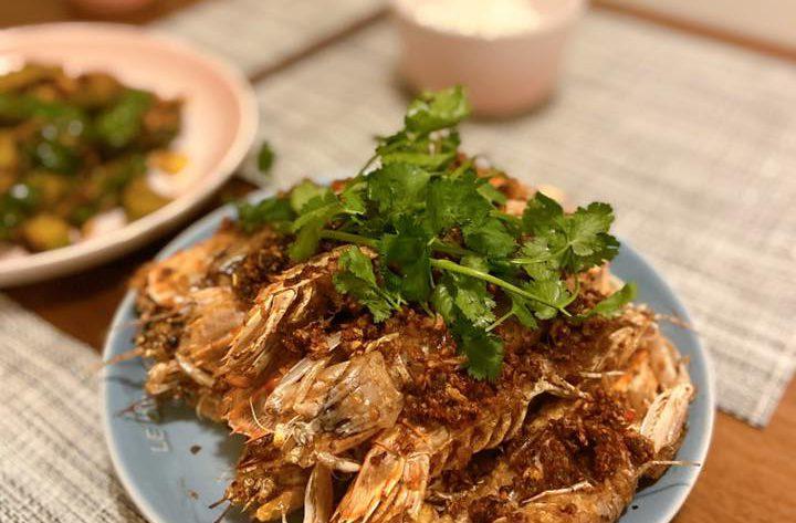 椒鹽瀨尿蝦 Fried Mantis Shrimps with Pepper and Salt